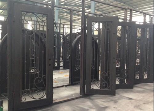 Iron Door -41119150402