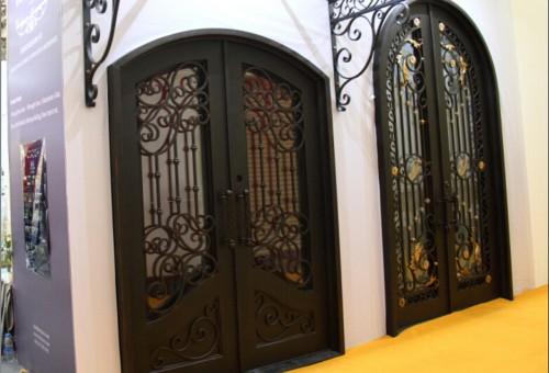 Iron Door -41119150330